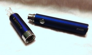 kanger evod battery and cartomizer 300x179 image